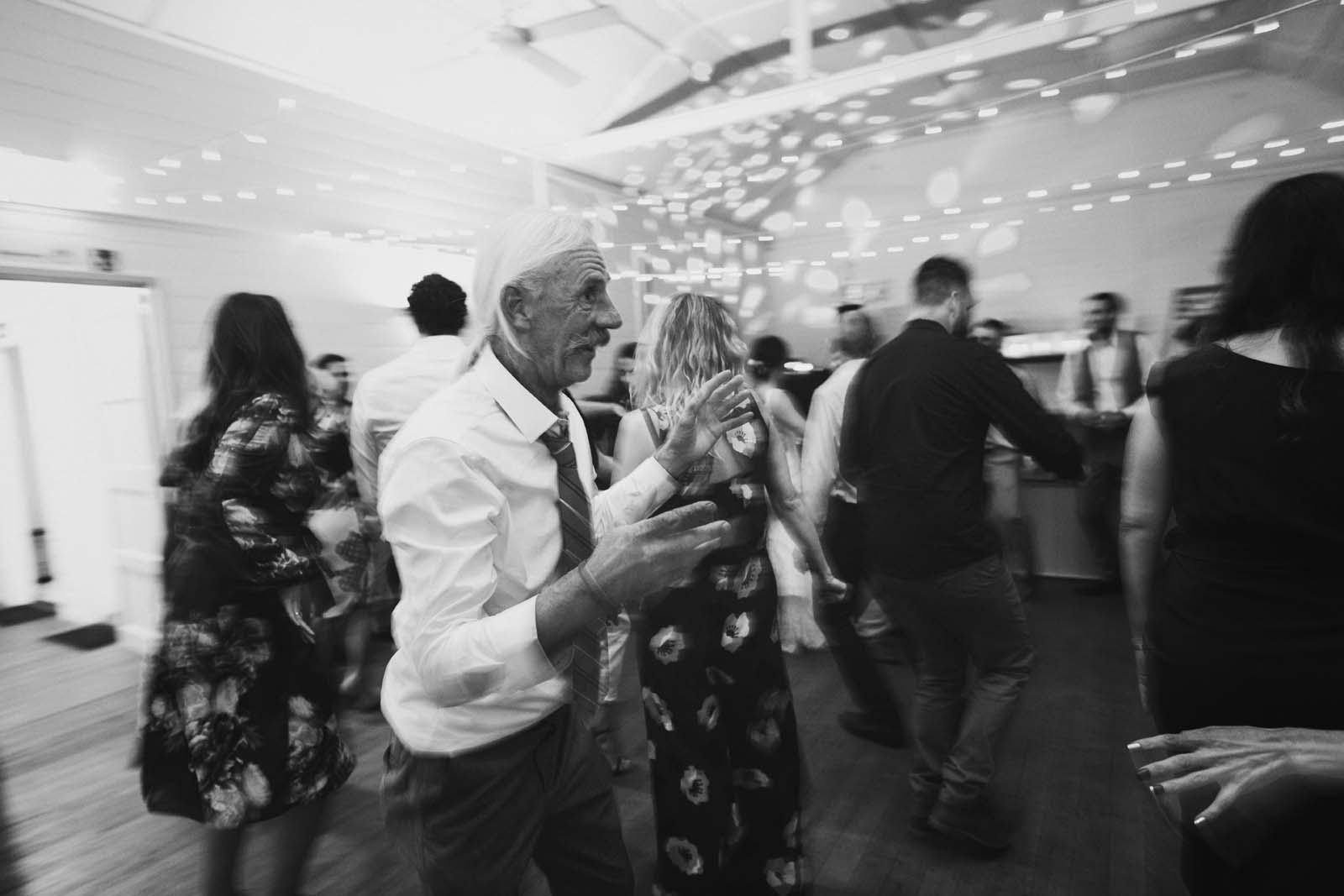 byron_bay_ewingsdale_hall_wedding_photography_00105