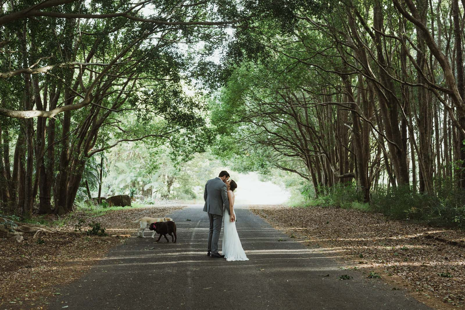 byron_bay_ewingsdale_hall_wedding_photography_0054