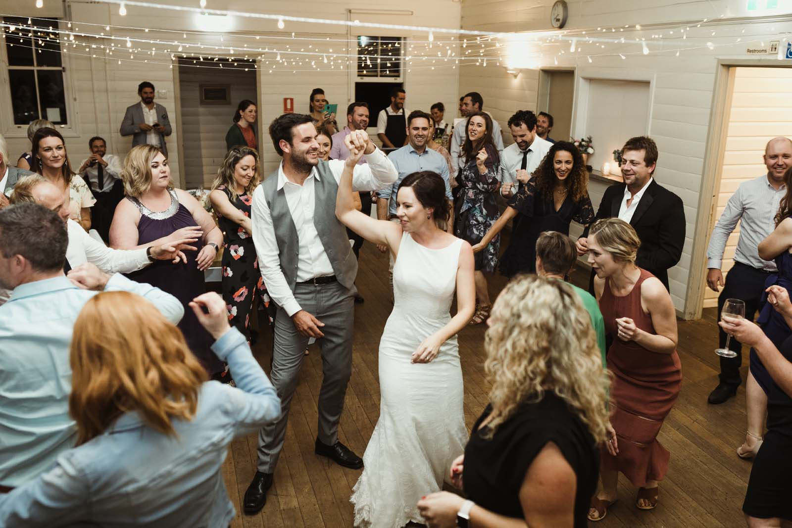 byron_bay_ewingsdale_hall_wedding_photography_0098